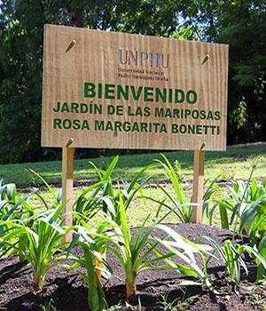 Jardín de las Mariposas UNPHU: Rosa Margarita Bonetti